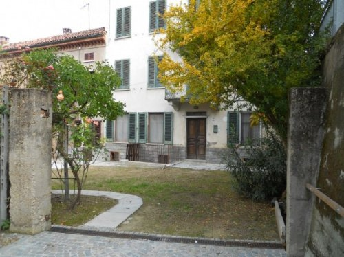 Casa semi-independiente en Montaldo Scarampi