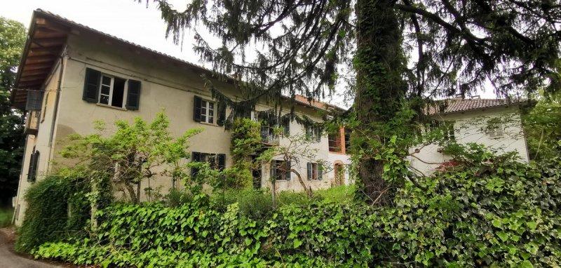Villa i Costigliole d'Asti