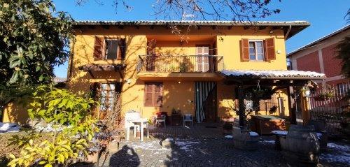 Casa independiente en Montegrosso d'Asti