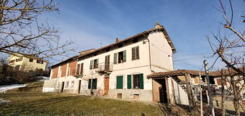 Detached house in Montegrosso d'Asti