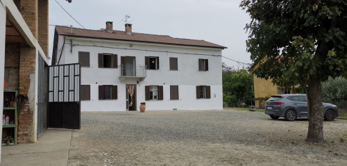 Casa independiente en Agliano Terme