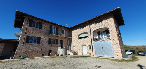 Detached house in Agliano Terme