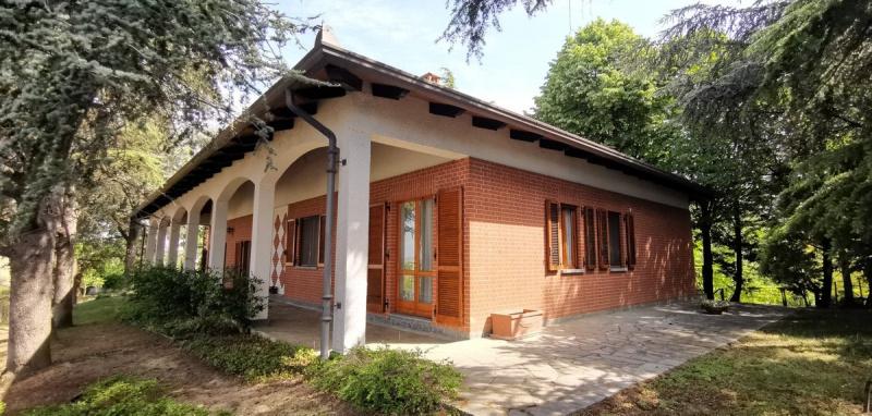 Villa en Agliano Terme
