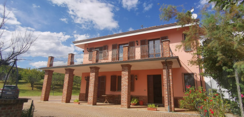 Villa en Mongardino