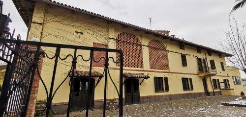 Особняк в Монтегроссо-д'Асти