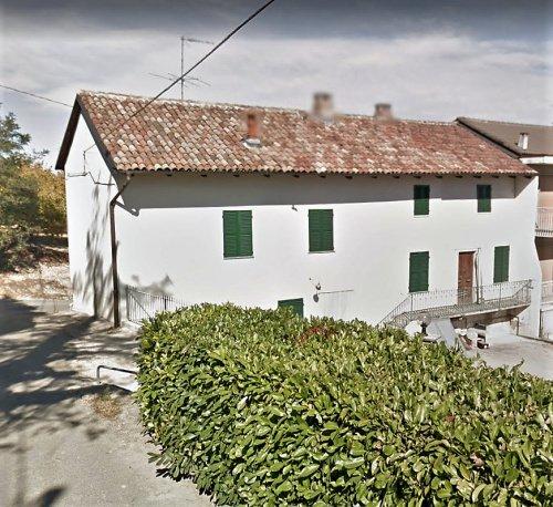 Сельский дом в Монтегроссо-д'Асти