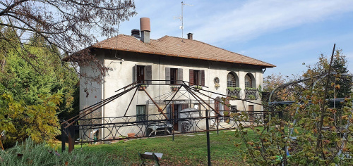 Landhaus in Nizza Monferrato