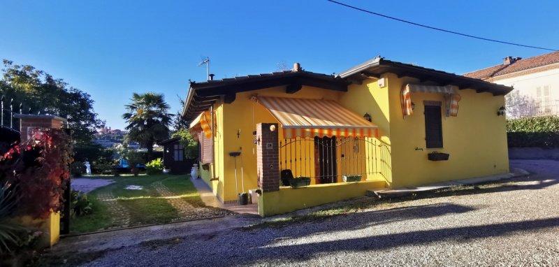 Hus på landet i Vigliano d'Asti