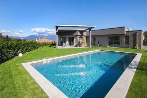Villa i Soiano del Lago