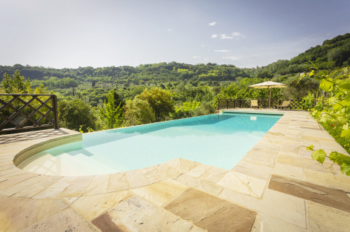 Country house in Volterra