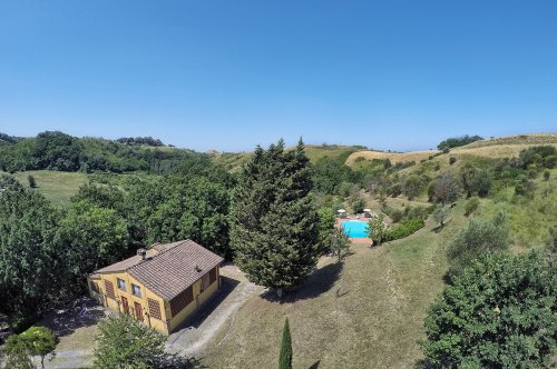 Country house in Montaione