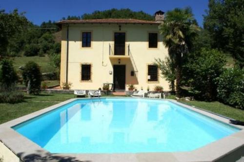 Villa en Camporgiano