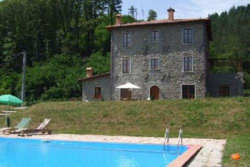 Casa independiente en Camporgiano