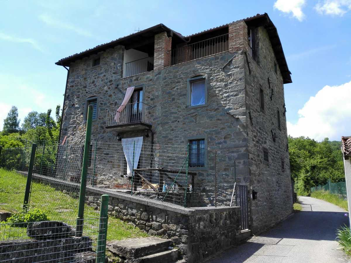 Einfamilienhaus in Villa Collemandina