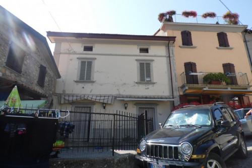 Особняк из двух квартир в Вальи-Сотто