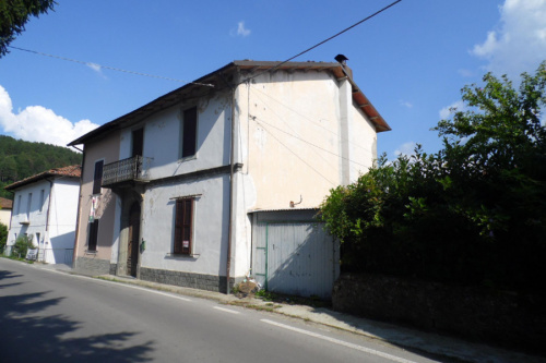 Casa indipendente a Villa Collemandina