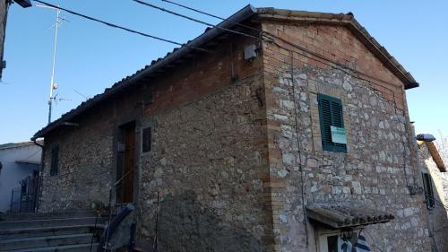Casa indipendente a Giano dell'Umbria