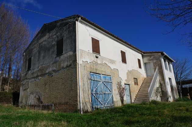 Casa Di Campagna In Vendita 4 Stanze Da Letto A Offida 146561 Gate Away