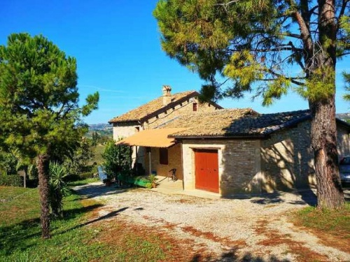 Casa de campo en Acquaviva Picena
