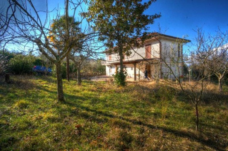 Detached house in Arpino