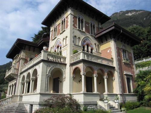 Appartement historique à Laglio