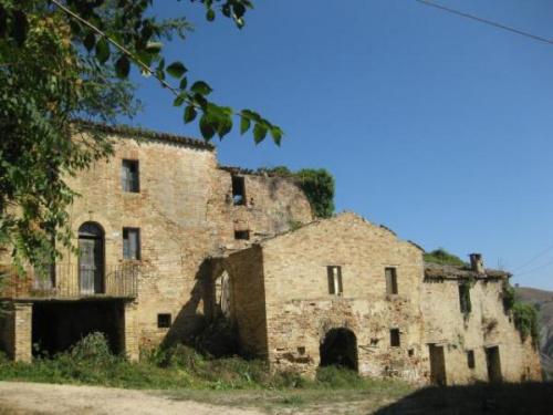 Bauernhaus in Castignano