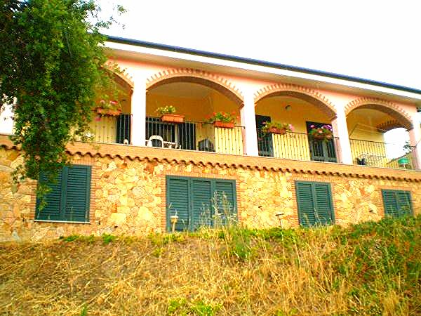 Hus i Cardedu