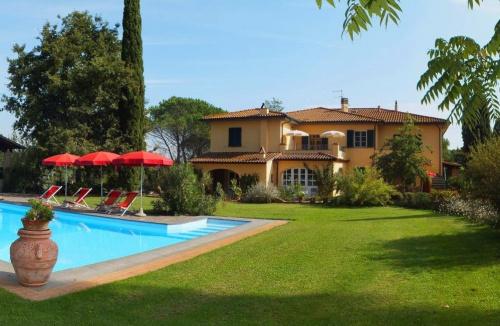 House in Fauglia