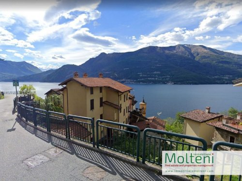Detached house in Bellano
