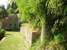 Country house in Dicomano
