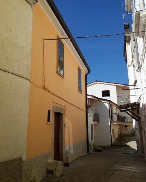 Hus i Barile