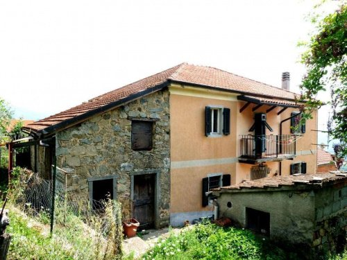 Casa independiente en Pontremoli