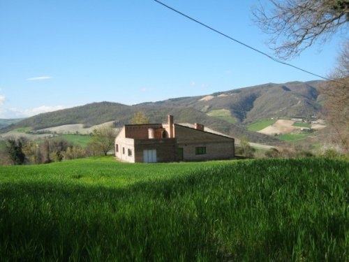 Country house in Fossombrone
