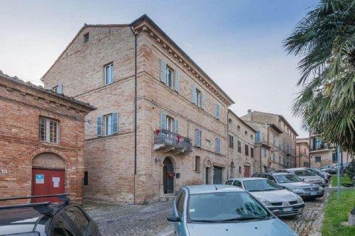 Palast in Civitanova Marche