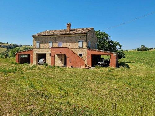 Bauernhaus in Torre San Patrizio