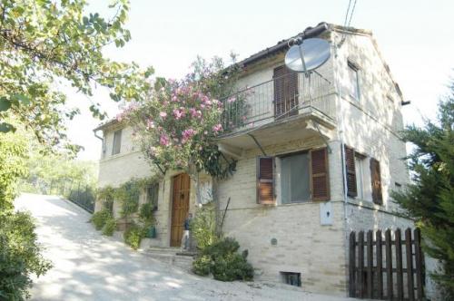 Hus i Montegiorgio