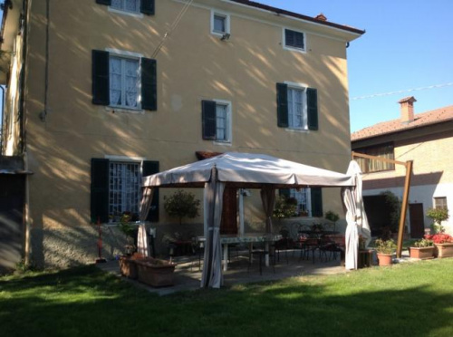 Haus in Carpeneto