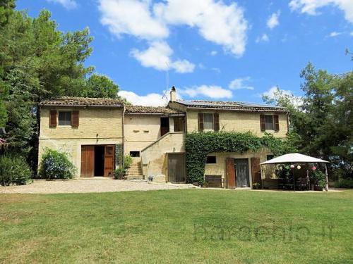 Landhaus in Monterubbiano