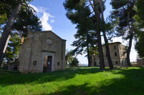 Casa histórica en Appignano del Tronto