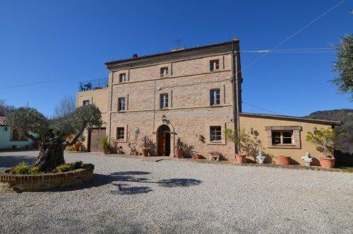 Cabaña en Montalto delle Marche