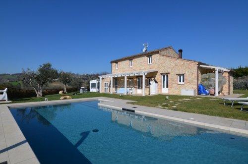 Bauernhaus in Monte Vidon Corrado
