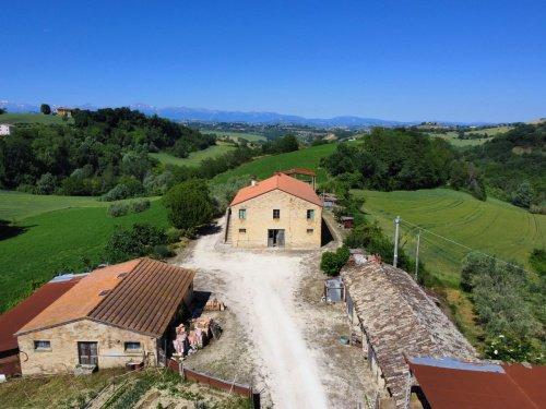 Bauernhaus in Petritoli