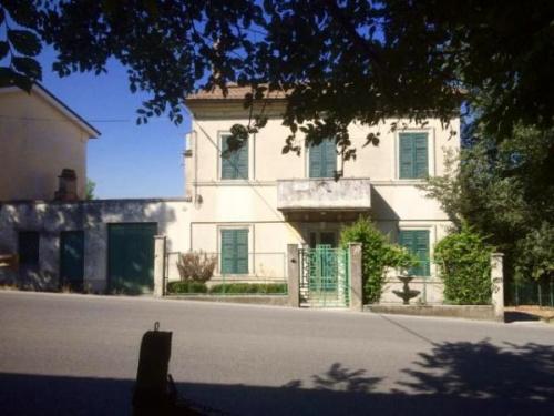 Maison à Fermo