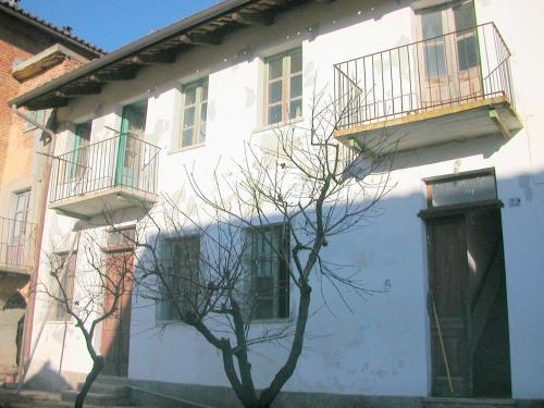 Doppelhaushälfte in Mombercelli
