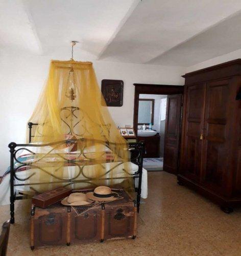 Hus i Castagnole delle Lanze