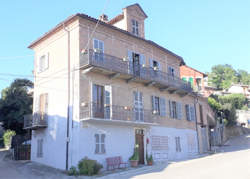 Casa en Castagnole delle Lanze
