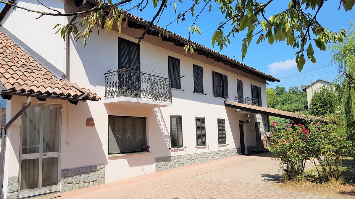Casa independiente en Costigliole d'Asti