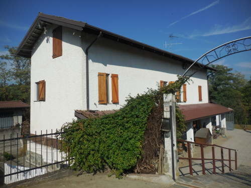 Einfamilienhaus in Incisa Scapaccino