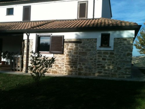 Country house in Roncofreddo