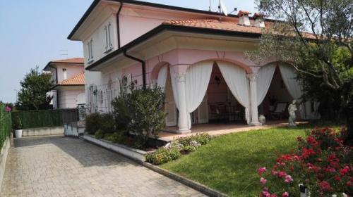 Casa em San Colombano al Lambro